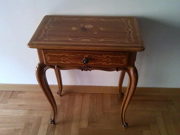 free qui si mostrano mobili ed articoli in vendita chiedere il costo o il preventivo di restauro ...