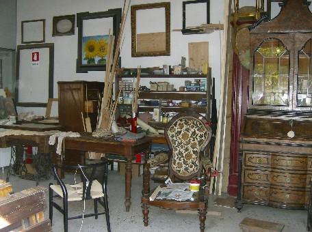 Chi sono t t bottega di restauro mobili antichi - Restauro mobili antichi tecniche ...